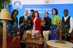 Vicepresidente premia a artesanos