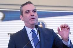 Luis Abinader dice César Medina trabaja más en campaña reeleccionista que como diplomático