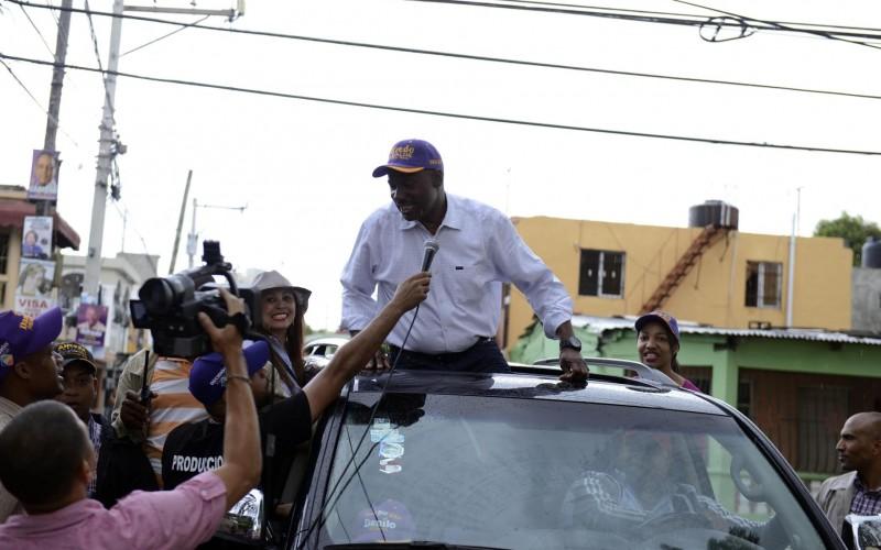 Alfredo Martinez promete construir mercados y cementerios si gana alcaldia SDE