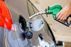 «Caradura» del Gobierno: tiene candidato reelecionista, aumenta gasolina con petróleo en baja a un mes de elecciones