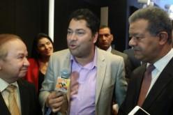 El Pachá vuelve a entrevistar a Leonel Fernández y a Pepín Corripio