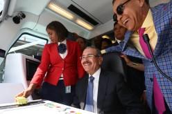 (Video) Danilo como «chofer» del Metro en la línea 2B en su primer viaje de la Capital a Los Mina