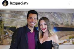 Luz García con Chayanne, como para darle «envidia» a las chicas que lo idolatran en RD