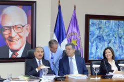 Reinaldo Pared vuelve a presidir el Senado y Yomaira Medina, Maldonado, Camacho y Demostenes la CD, decide CP/PLD