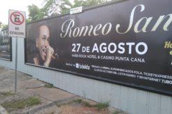 Romeo Santos, como siempre, agresivo con la publicidad de sus conciertos…