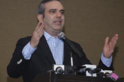 Luis Abinader reclama al PLD frenar su vocacion a irrespetar la Constitución
