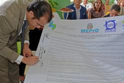 Gobierno firma el Pacto de las Aguas…