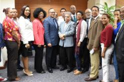 Servicio Nacional de Salud y Colegio Médico crean mesa de trabajo que para reunirse cada mes