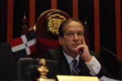 Reinaldo Pared: se ha debido pedir una explicación de por que cancelaron la visa a Roberto Rosario