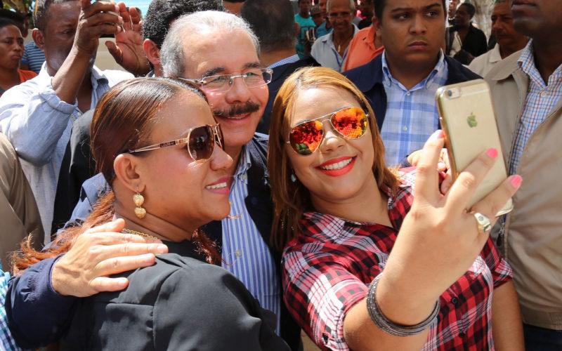 (Video) Danilo en Guayacanes, con los pescadores…