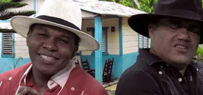 Miguel y Raymond entre bofe, morcilla, asadura, orejita, molleja, entresijo, cadeneta, con «La fritura que me gusta»