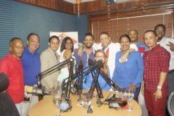 Rilax, el programa radial, celebra su tercer aniversario