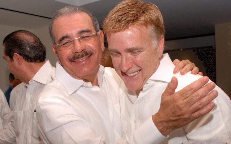 ¿Le cancelará la visa el embajador Brewster al presidente Danilo Medina…?