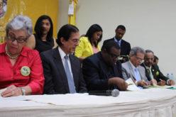 ¡Por fin…! Colegio Médico y Gobierno firman acuerdo…