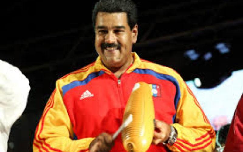 (Video) Nicolás Maduro «en salsa»… El hombre es todo un sonero… ¡Agárrenlo…!