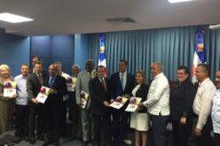 Sectores turístico y empresarial de Puerto Plata demandan solucion a problemas de carreteras intransitables y contaminacion vertedero