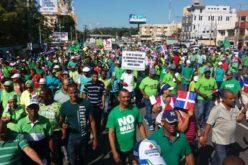 Luis Abinader valora aportes de Marcha Verde a institucionalidad democrática