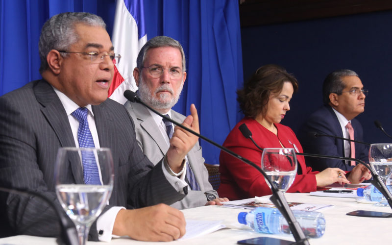 Un decreto del Presidente, el 15-17, apuesta a mejor uso de los recursos del Estado y mayor transparencia a partir del primero de abril