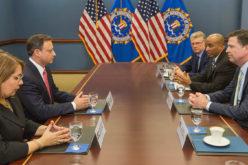 La reunión del Procurador General RD, Jean A. Rodríguez, con el director del FBI, James Corney, en Washington