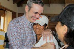 Luis Abinader sostiene el PRM tiene misión de rescatar la democracia