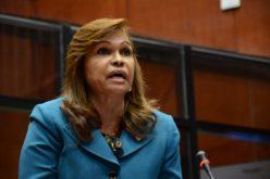 (Video) Senadora Sonia Mateo «le entra» a Consuelo Despradel: «… Pero esa maldita vieja 'tá loca…?!»