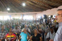 Luis Abinader «le entra» en Barahona a corrupción y las deficiencias en gobiernos del PLD