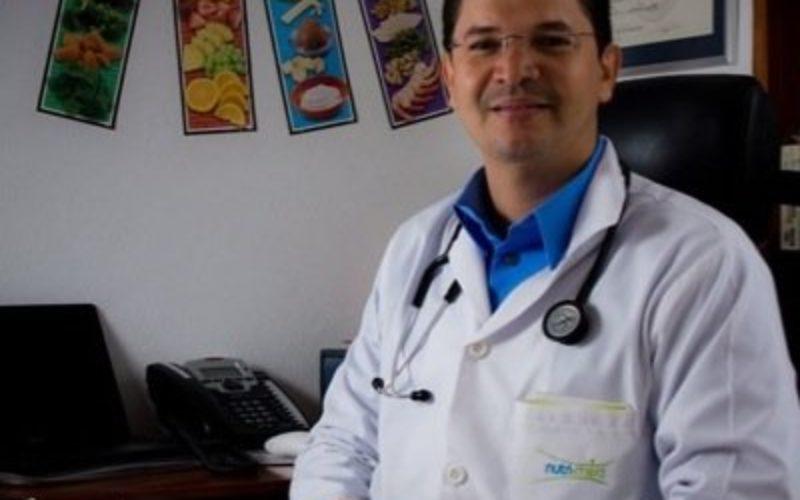 El doctor Marine advierte sobre médicos extranjeros que ejercen en RD sin debida autorización