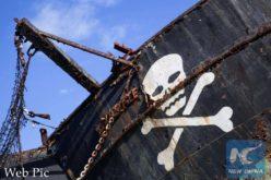 Piratas atacan barco alemán y secuestran 6 tripulanes
