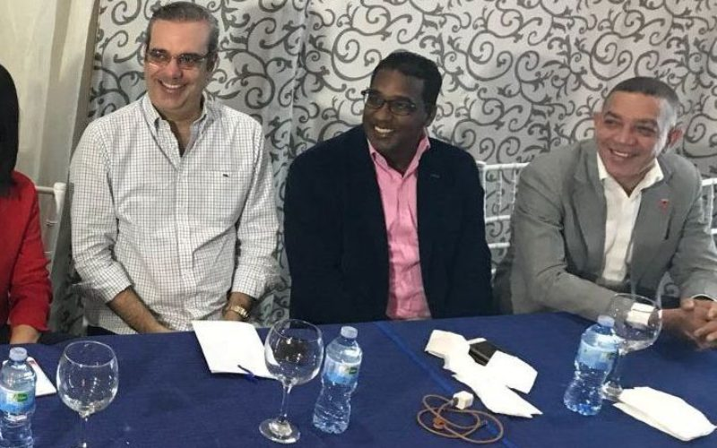 Luis Abinader plantea la necesidad de cambio en dirección del Estado