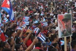 Fidel Castro, homenajeado por los cubanos a un año de su muerte