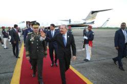 Presidente Medina regresa de Panamá luego de asumir como Presidente Pro Tempore del Sica