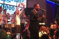 Yiyo Sarante… Sólo el ceremonial del premio Soberano detiene la exitosa gira del salsero por EEUU