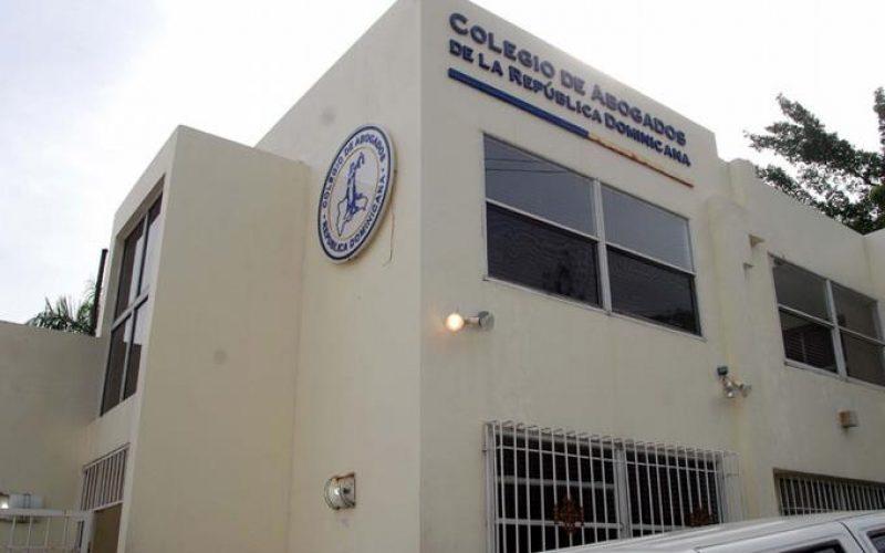Hasta en el Colegio de Abogados están «en guerra» por las primarias abiertas