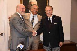 Eduardo Selman, posesionado como nuevo ministro de Cultura