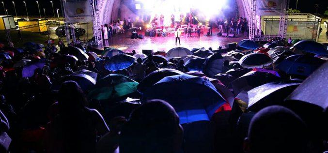 (Video) Lo del cumple de El Torito en realidad es celebración de semana aniversaria que arrancó el sábado en anfiteatro PP