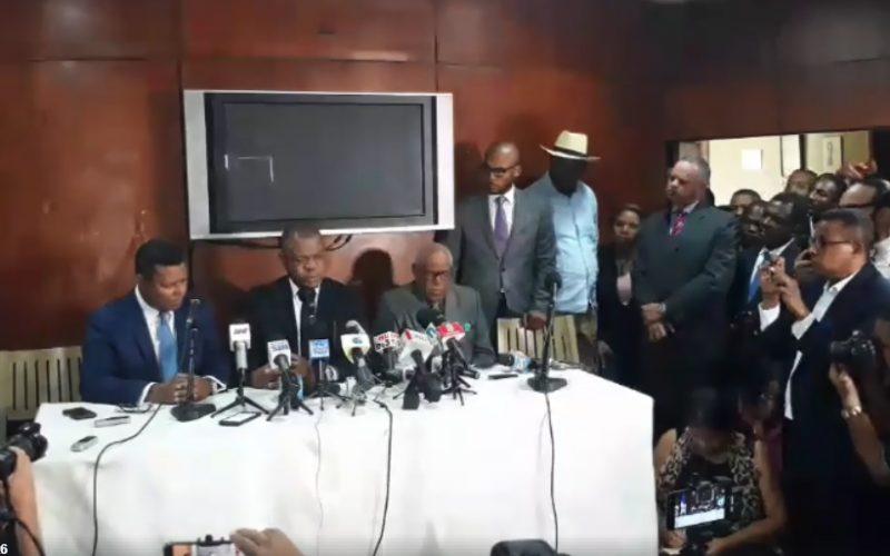 Video de la rueda de prensa de Martínez Pozo y Dany Alcántara con denuncia contra el Procurador General de la República