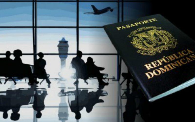 Dominicanos no tendrán que pagar 10 dólares en consulados para emitir o renovar pasaportes al hacerlo por Internet