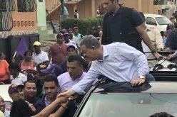 (Video) Leonel en campaña como en sus mejores tiempos en Los Alcarrizos; como si buscara por vez primera la candidatura presidencial del PLD