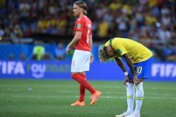 Preocupación con Neymar al salir cojeando de entrenamiento en Copa Mundial