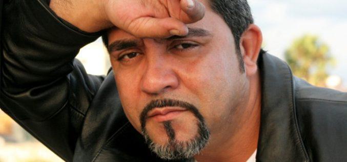 El cantautor Charlie Mosquea, sacudido por un arrebato de nostalgia provocado por su infancia en El Cedro de Miches