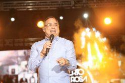 Gilberto Santa Rosa, encantado con su debut en el anfiteatro de Puerto Plata; quiere volver