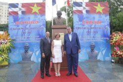 Inaugura busto en honor a Juan Bosch en ciudad de Hanoi, Vietnam