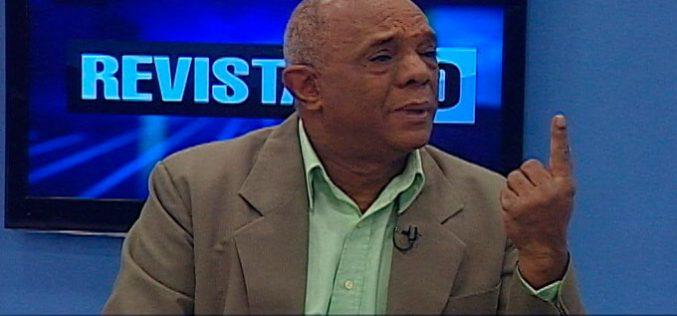 (Video) Julito Hazím «acorralado» en su propio programa entre Danilo, Odebrecht y Grupo Vicini, por un dirigente de izquierda