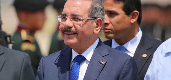 Presidente Danilo Medina parte este miércoles a China, invitado por su homólogo Xi Jinping