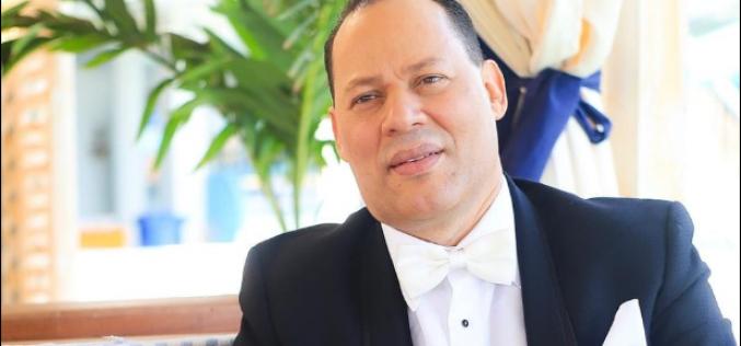 El Rey de la Radio Franklin Mirabal vive un sueño del que no quisiera despertar con sus colegas… Estaba convencido de que lo envidiaban, y ha comprobado que, ¡¡lo quieren!!