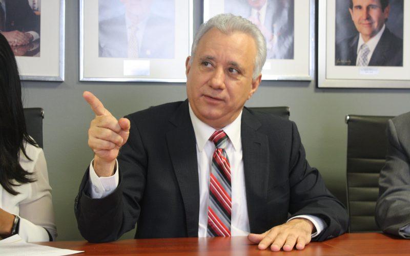 (Video) Empresario desafía directamente al presidente Medina tratándolo de «tú»: «¡Se te acabó la fiesta, Danilo!, ¡cuando la gente dice no, es no!; ¡entiéndelo!»