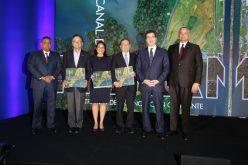 «El Canal de Panamá», obra de filial del Grupo Popular puesta en circulación en Ciudad de Panamá