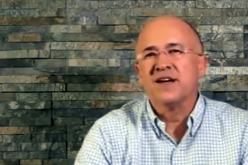 (Video) Domínguez Brito propone como solución «darle fuego» a todo lo corrupto que tiene dentro; la división es la gran realidad del PLD