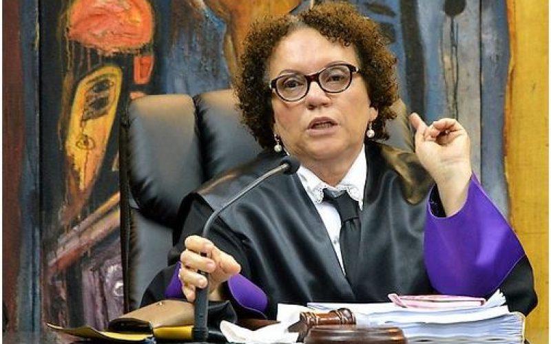 A la magistrada Miriam Germán: «La dignidad no necesita apellido… Miram tampoco»