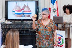 Xiomarita Pérez ofrece dos conferencias en París